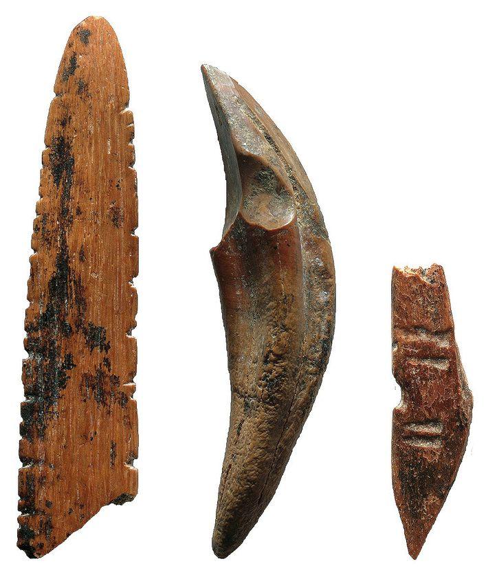 In Fa-Hien Lena in Sri Lanka nutzten Menschen früher Werkzeuge aus Knochen und Zähnen, um kleine ...