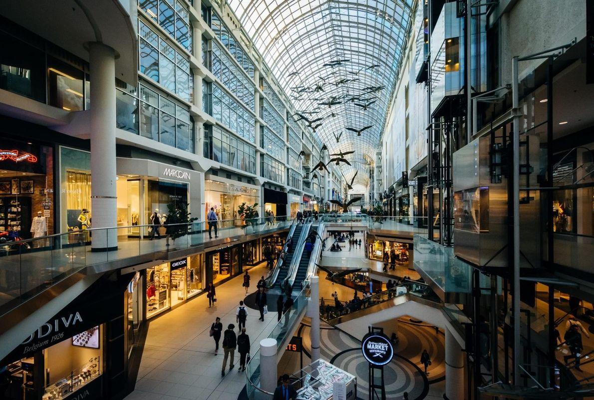Das Eaton Centre befindet sich in Downtown-Toronto.