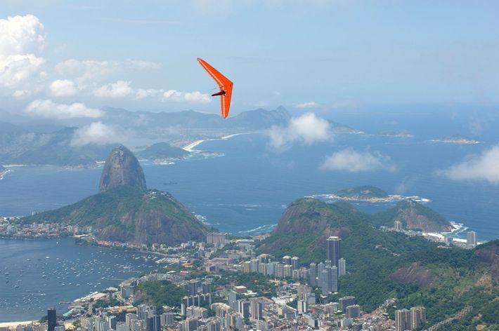 Hang-Gliding, Rio de Janeiro, Brazil