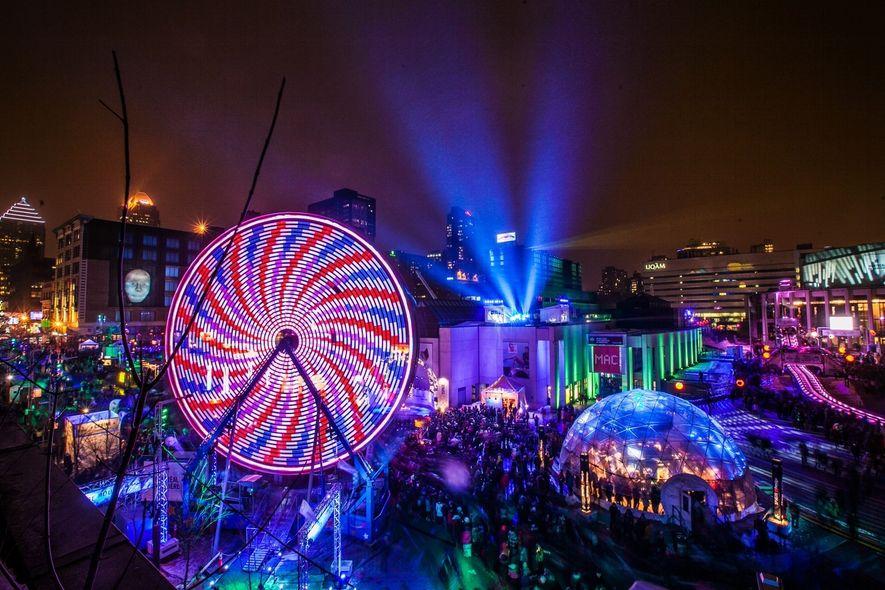 Festivals wie das Montréal en Lumière, das mit Live-Musik, Unterhaltungsveranstaltungen und Gourmet-Events zahlreiche Besucher anlockt, verwandeln ...