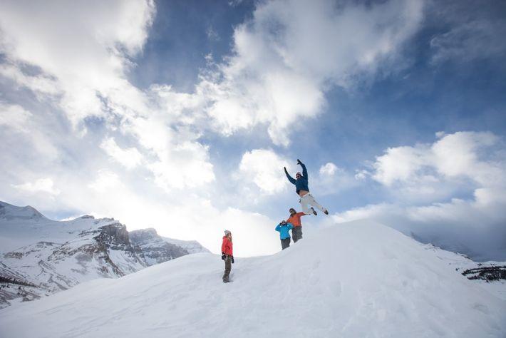 Sobald der erste Schnee fällt, können Besucher ein authentisches und atemberaubendes Kanada erleben, in dem es ...