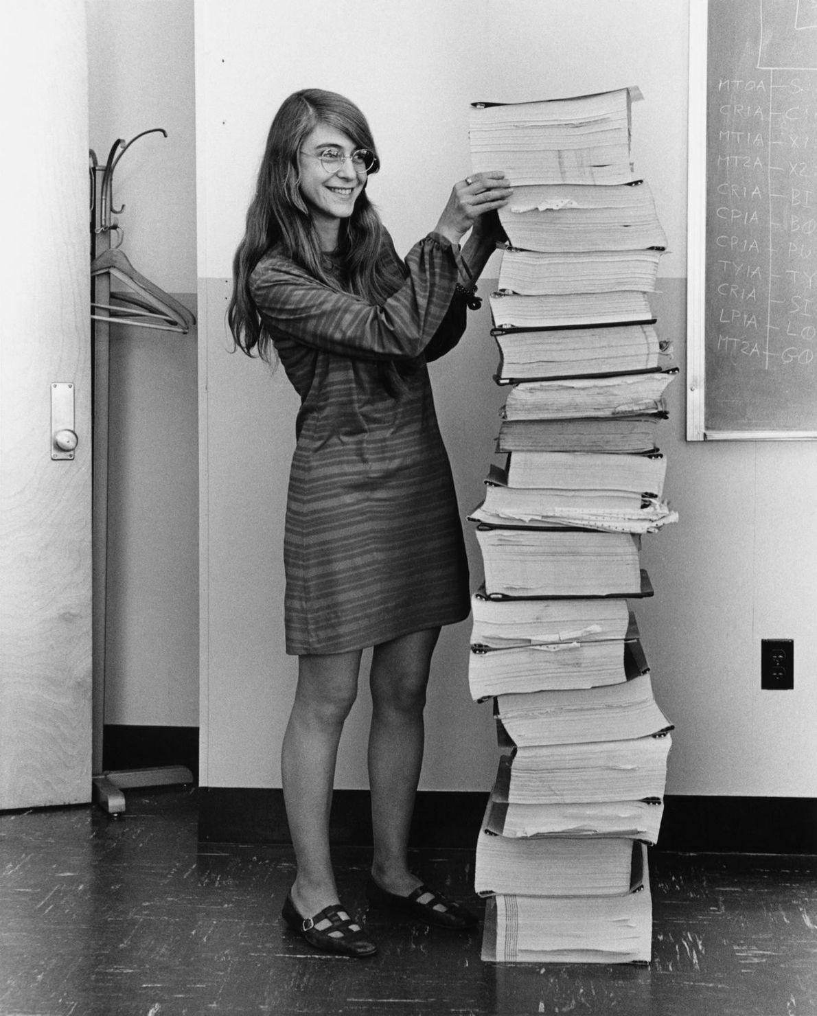 Margaret Heafield Hamilton, geboren am 17. August 1936, leistete zahlreiche bedeutende Beiträge zur Wissenschaft. Unter anderem ...